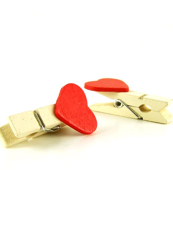 Wooden Miniture Red Heart Clothes Peg