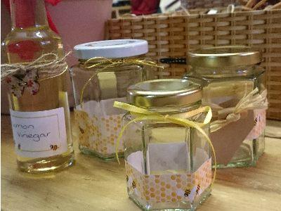 Love jam jars | Honey Bees